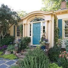 pretty door, cmthouse