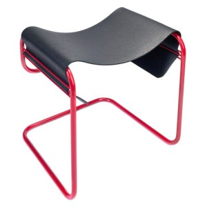 rubberstool_mv_lrg_red_02_1