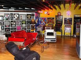 records, game room, tueholm.theblender.dk